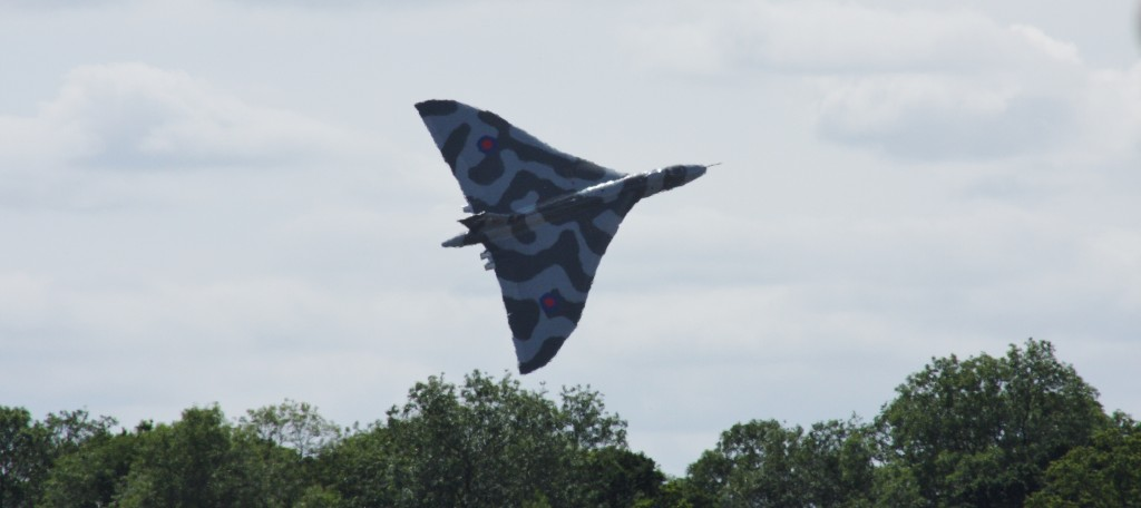Vulcan RIAT Saturday Take-off_AlexPrins1